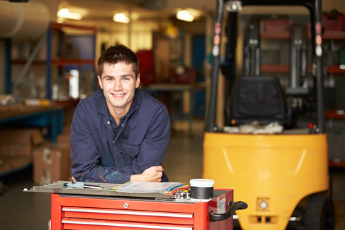 Why do an advanced apprenticeship