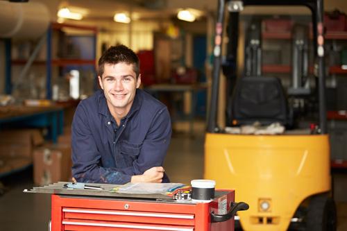 Why do an advanced apprenticeship